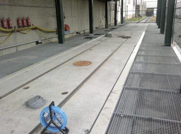 výstavba kolejové váhy v areálu Cukrovaru Dobrovice; váha připravená k použití