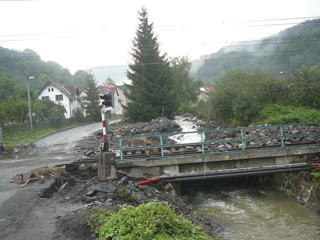 trať Ústí nad Labem–Děčín, následky povodně 2010