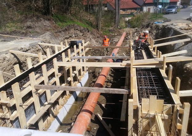 most Rakovník, výstavba nových železobetonových opěr