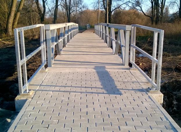 nový most přes zátopové území Stvolínky