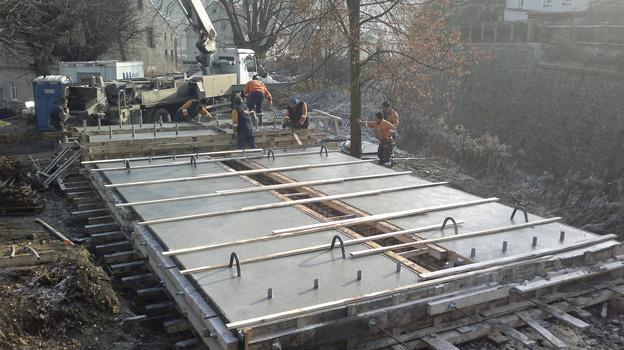 most v Benešově nad Ploučnicí; zřízení nové nosné konstrukce