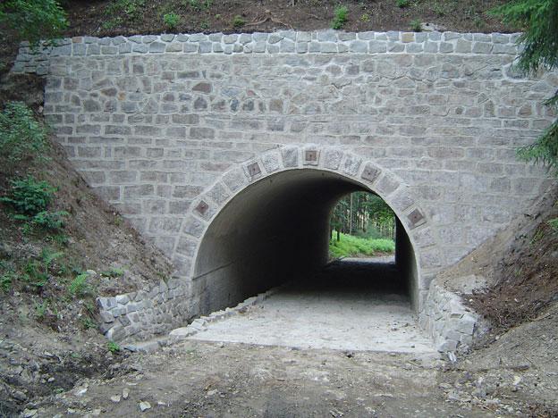 rekonstruované mosty a propustky na na 3. koridoru, …