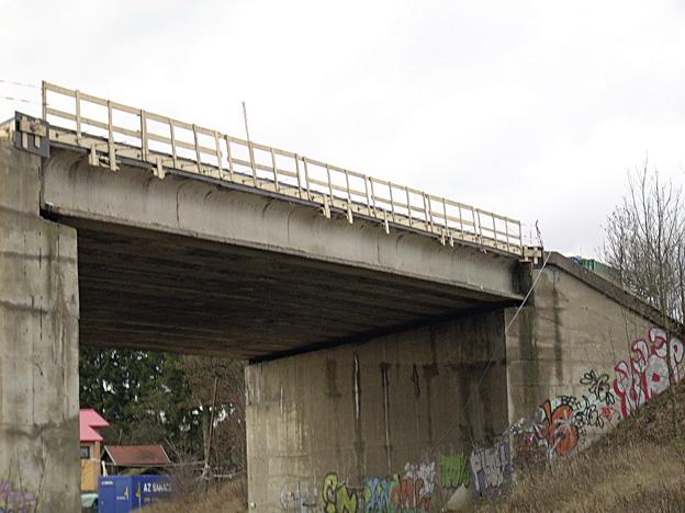 most u Hazlova, Průběh výstavby – nové železobetonové římsy včetně hydroizolací