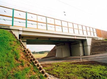 nový most v Hrdlech