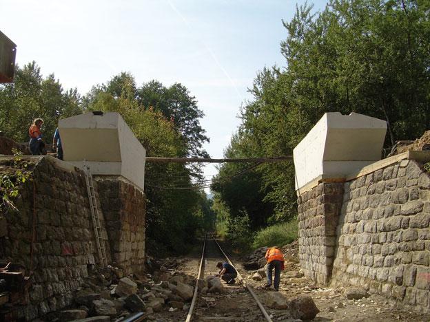 most na trati Liberec–Harrachov, dokončené úložné prahy