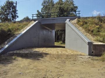 Salajna 1 — rámová železobetonová konstrukce – nový objekt včetně založení; hotový stav