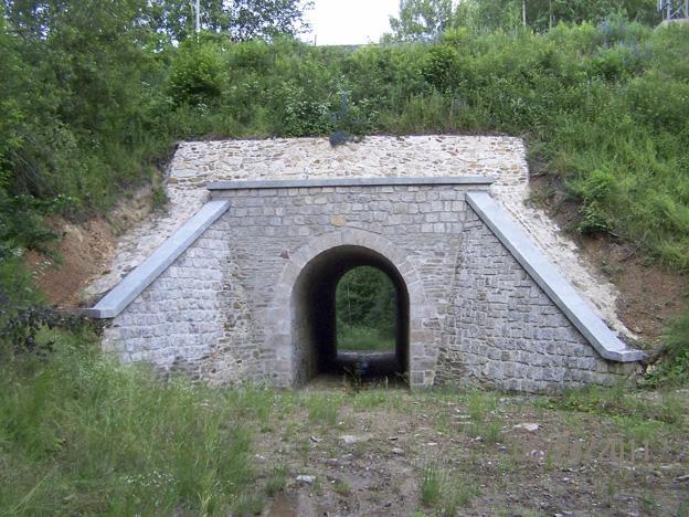 Rekonstrukce kamenného klenbového mostu; hotový stav – vtok