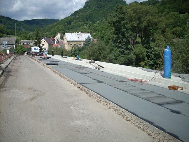 most ve Stráži nad Ohří, …