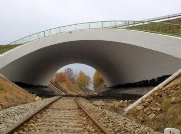 most Žďárek, pohled na dílo těsně před dokončením