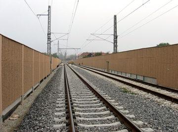 protihlukové stěny na trati Veselí nad Lužnicí–Tábor, dokončené dílo